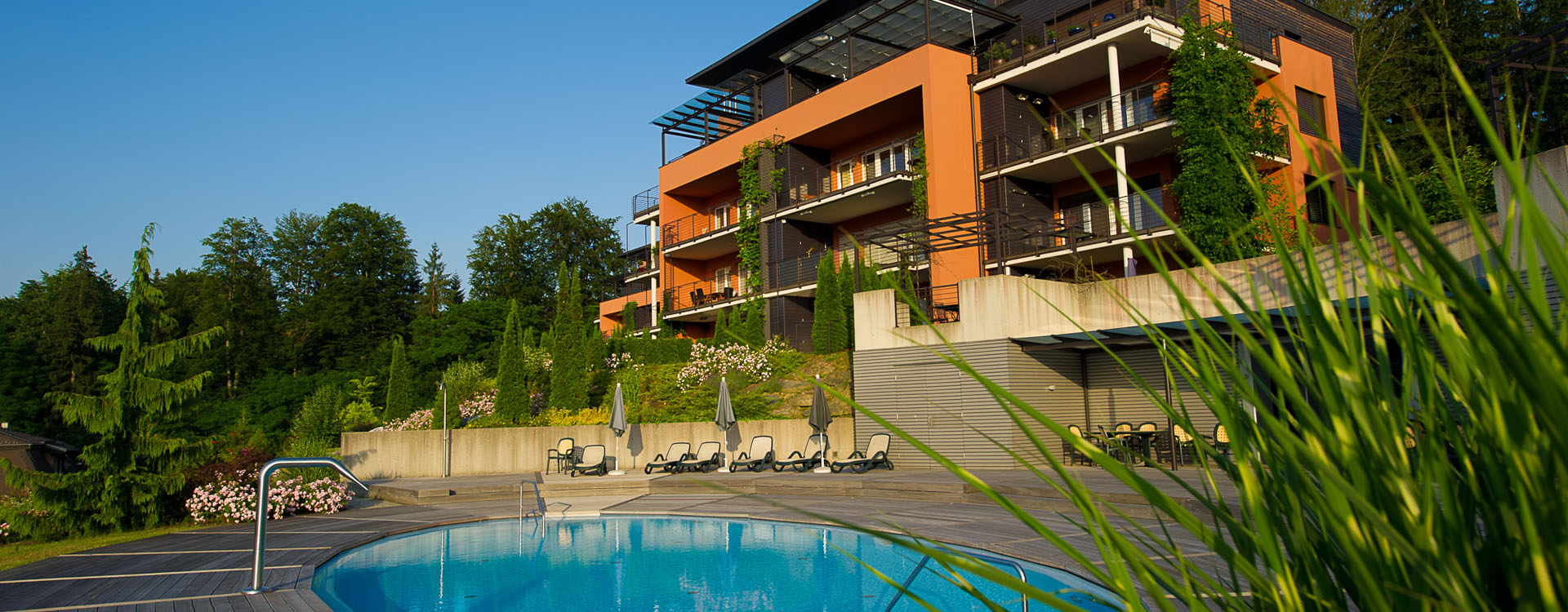 Outdoor-Pool der Parvillen Velden.